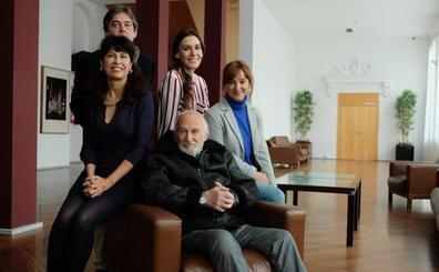 Héctor Alterio, sobre el alzhéimer: «Hay que tener una alerta sobre algo que se juega en un campo difícil»
