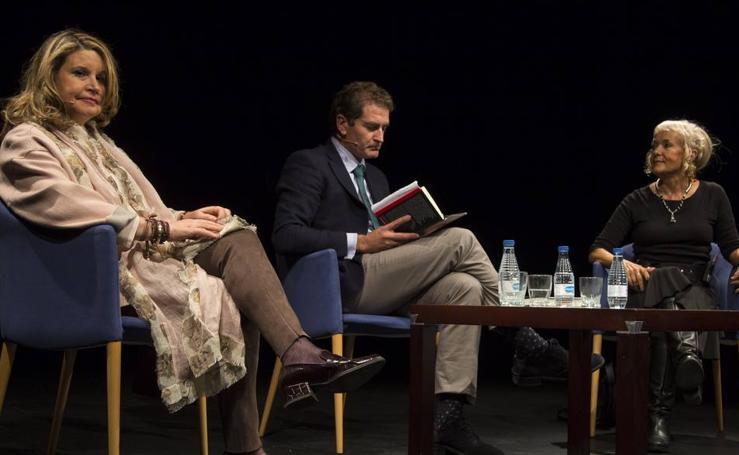 Monika Zgustova y Mercedes Monmany, en el Aula de Cultura de El Norte de Castilla