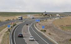 Fomento licita por 5,2 millones de euros la mejora del firme de la A-67 entre Frómista y Osorno