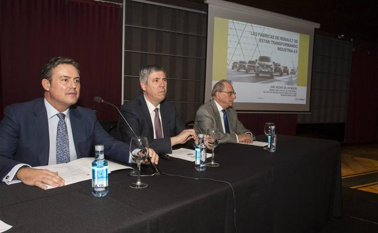 Conferencia de José Vicente de los Mozos en el foro de empresarios