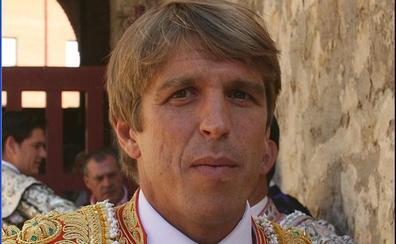 Equo en contra de que Manuel Díaz 'El Cordobés' dé las Campanadas en Canal Sur