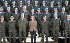 Cospedal destaca el compromiso de los militares españoles en la lucha contra el terrorismo