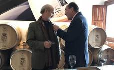 Javier Angulo recibe la Insignia Dorada de Matarromera por su compromiso con el cine de Valladolid