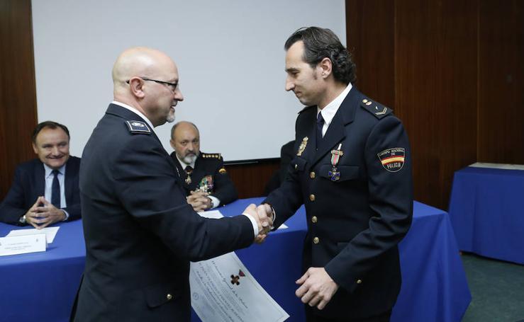 Entrega de diplomas y distinciones de la Policía Nacional en Salamanca