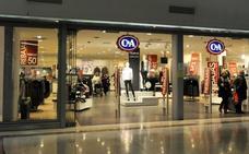 La cadena alemana C&A cerrará en un mes sus dos tiendas de Valladolid tras 25 años