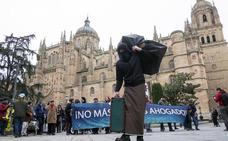 Cien asociaciones se unen para exigir que la UE cambie su política migratoria