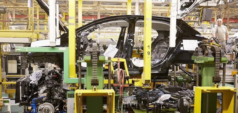 El trabajador recurrirá la sentencia que absuelve al exjefe de Renault que le increpó