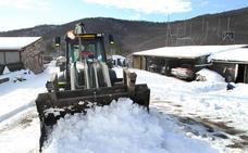 La nieve complicará la circulación por las principales autovías y autopistas de Castilla y León durante las próximas horas