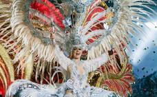 Carmen Lourido se alza como reina del Carnaval de Tenerife