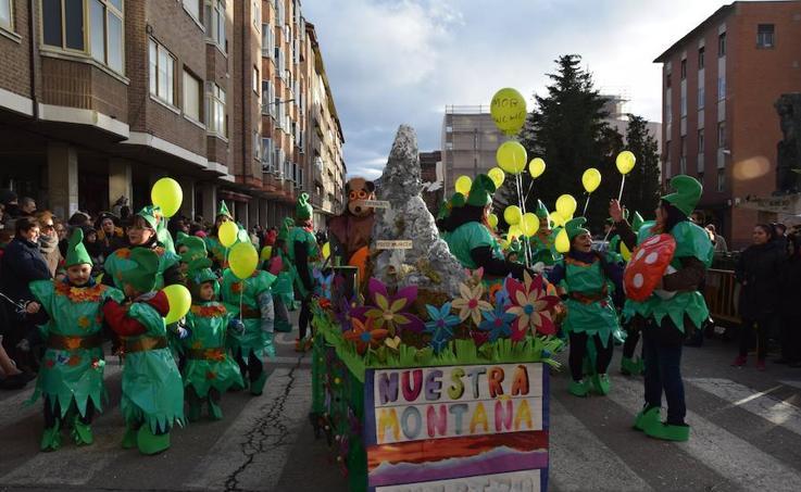 Guardo se disfraza en un multitudinario carnaval