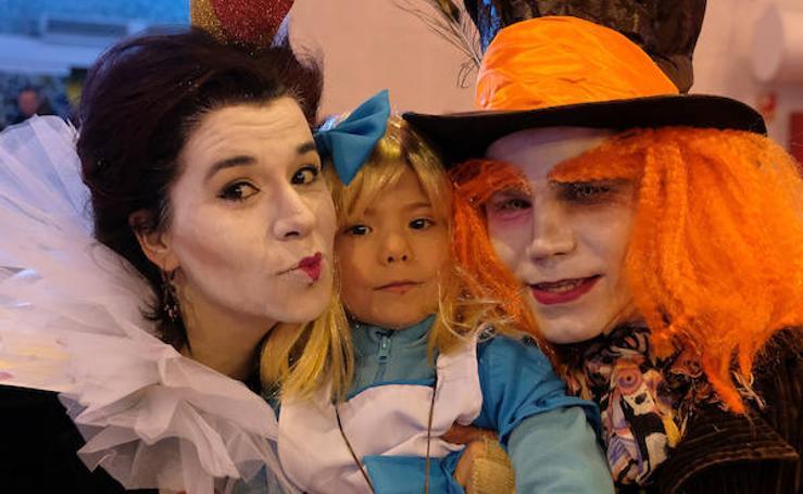 Velada de carnaval en la Cúpula del Milenio