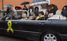 Los toresanos desafían a la lluvia y participan en un animado desfile