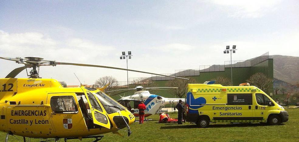 Evacuado en helicóptero un hombre de 77 años tras un accidente en Carrión