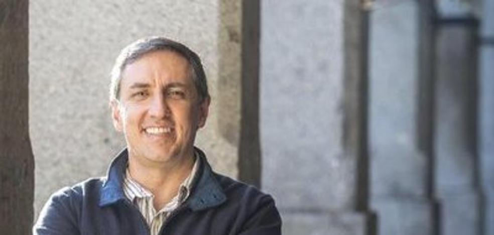 El diputado nacional abulense García-Hernández, número tres de la IDU