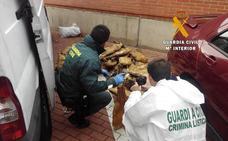 Dos detenidos por robar en una fábrica de jamones en Nava de Béjar