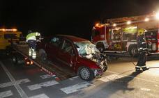 Fallece una mujer al chocar contra un camión en Arapiles
