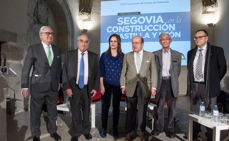 Segovia debate sobre la construcción de Castilla y León