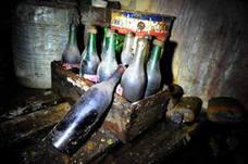 Una familia encuentra en una botella el mensaje más antiguo del mundo