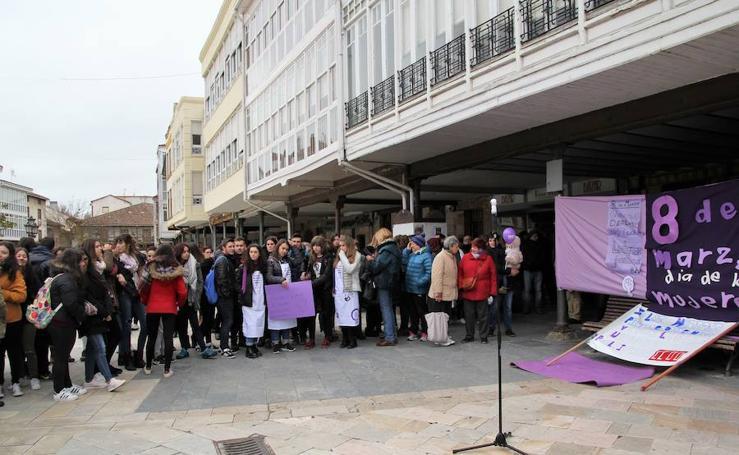 Aguilar celebra el Día de la Mujer