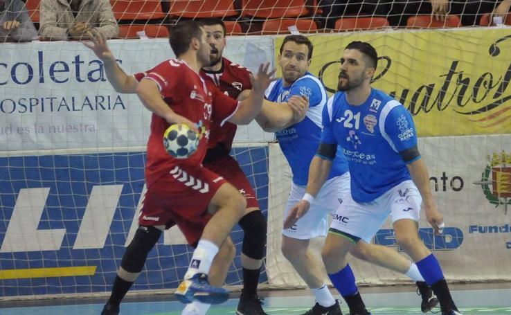 Victoria del Recoletas Atlético de Valladolid frente al Alcobendas (33-22)