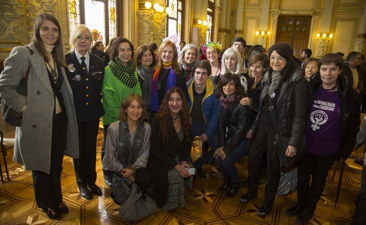 Lectura del manifiesto del Día Internacional de la Mujer en el Ayuntamiento de Valladolid