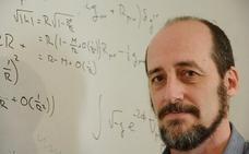 «Al profundizar en las teorías de Einstein tratamos también de superarlas»