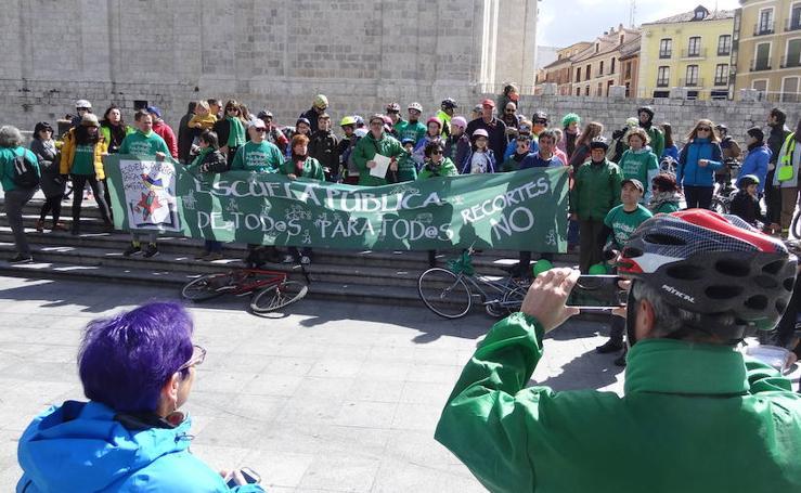 Bicicletada por la escuela pública en Valladolid