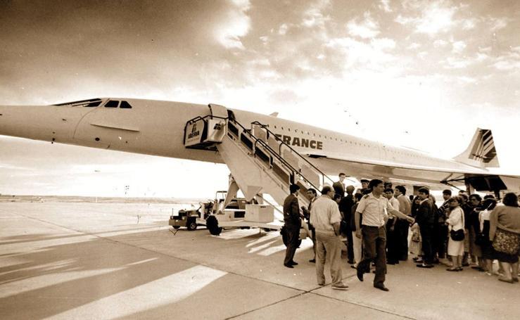 El aeropuerto de Valladolid cumple 80 años (2/2)