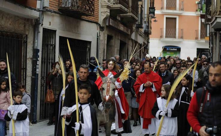 Procesión de 'La borriquilla' en Peñafiel