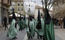 Las imágenes que deja el Domingo de Ramos en la provincia de Palencia