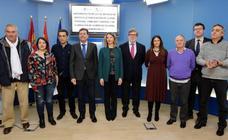 La Junta de Castilla y León aumentará «progresivamente» el permiso de paternidad de sus trabajadores