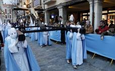 Plásticos del siglo XXI para proteger la madera del siglo XIV en Palencia