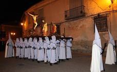 Una cofradía de Tordesillas recluta 'anderos' a través de Facebook