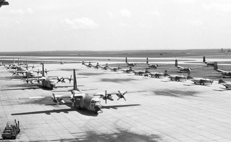 El aeropuerto de Valladolid cumple 80 años (1/2)