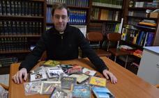 Un sacerdote de Ciudad Rodrigo promociona la Semana Santa a través de las letras de Operación Triunfo