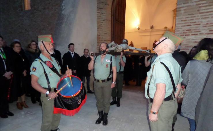 Los antiguos legionarios de Valladolid, en el Jueves Santo de Carrión