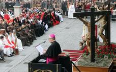 El obispo de Santander pide el perdón para «políticos corruptos y científicos que juegan con la vida humana»