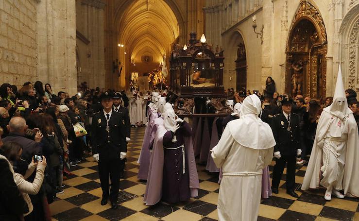 Descendimiento y procesión del Santo Entierro en la catedral de Palencia