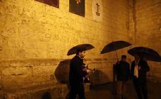 Suspendida la procesión general en Peñafiel por la lluvia
