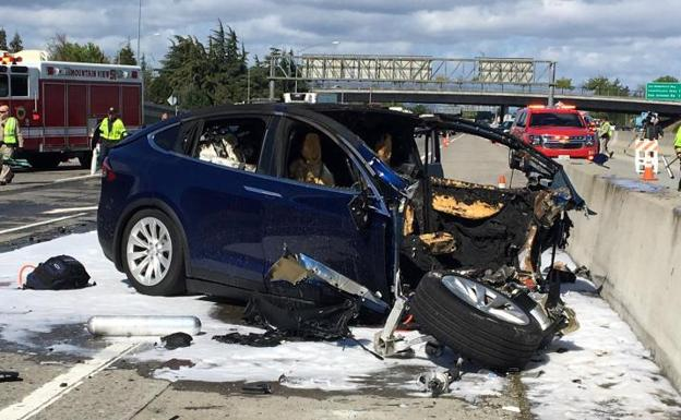Accidente del Tesla en California./Reuters