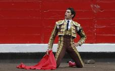 Cayetano Rivera regresa a la plaza de toros, tras convertirse en padre