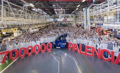 Renault Palencia produce su coche siete millones en su 40 aniversario
