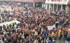 Miles de cazadores de Castilla y León se manifiestan en contra de los ataques y provocaciones de los grupos animalistas