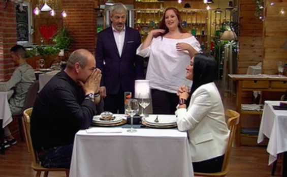 Sergio y Gema, en el restaurante de 'First Dates'.