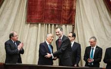 Herrera propone seguir la senda del «iberismo» de Unamuno para reforzar lazos con Portugal