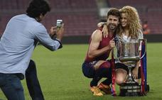 Shakira planta a Piqué en la final de la Copa del Rey