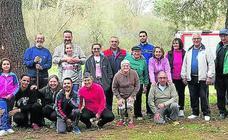 Vecinos de Aguilafuente organizan una jornada de limpieza en un paraje protegido