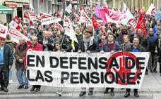 Un jubilado de Palencia percibe 239 euros menos de media que uno del País Vasco
