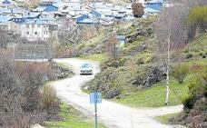 El deterioro de la carretera de Porto de Sanabria provoca 1.588 protestas al Procurador Común
