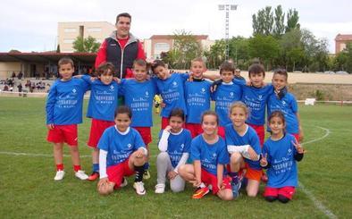 Carbonero El Mayor se prepara para su torneo de fútbol-7